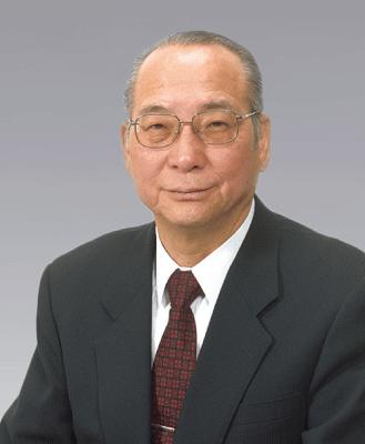理事長鉄村 俊夫